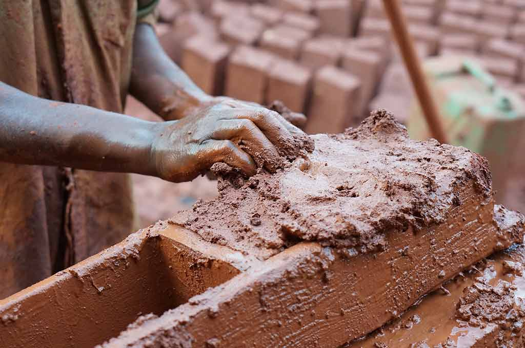 Read more about the article New forms of modern slavery